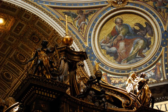 Top detail of the alter, under which St. Peter is burried.