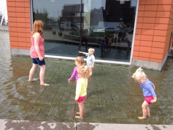 Splashing 2