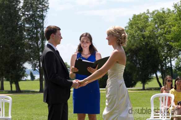 Melissa the Officiant