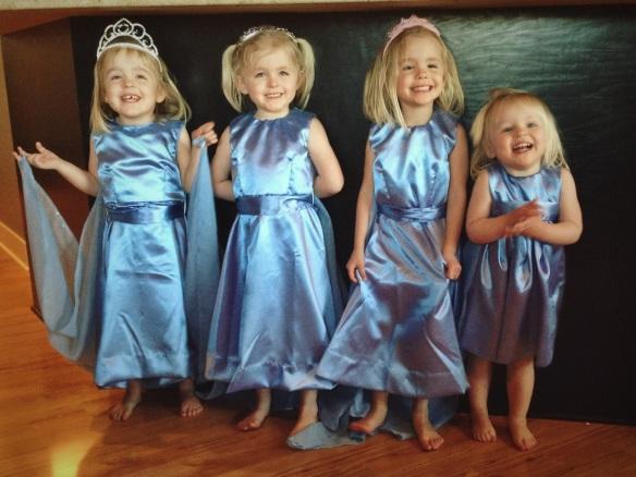 Elsa Dresses 2